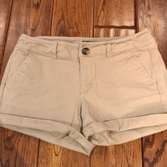 American Eagle Outfitters Pants - Khaki American Eagle cuffed shorts. Size 4